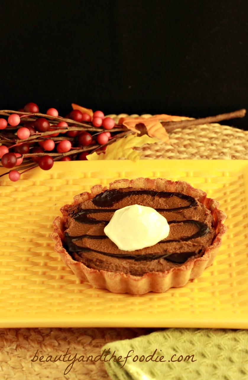 Chocolate Pumpkin Gingerbread Tarts (paleo)