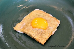 paleo toad in a hole egg