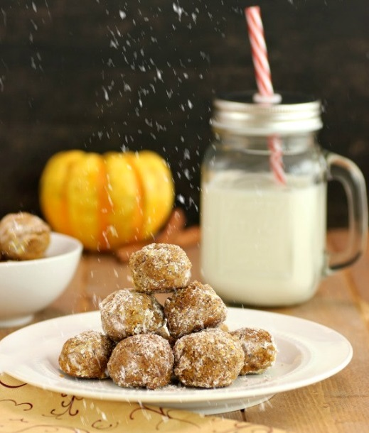 Pumpkin Pie Snowball Cookies- Paleo, gluten free and low carb version. So very yummy!