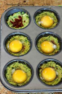 Egg-bacon-zucchini -nests-prep