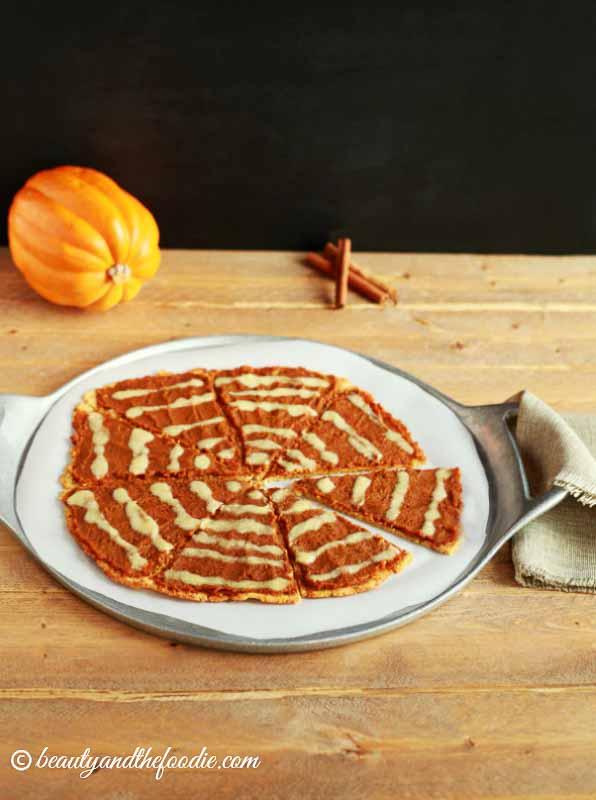 Pumpkin Pie Desert Pizza- grain free, paleo and low carb