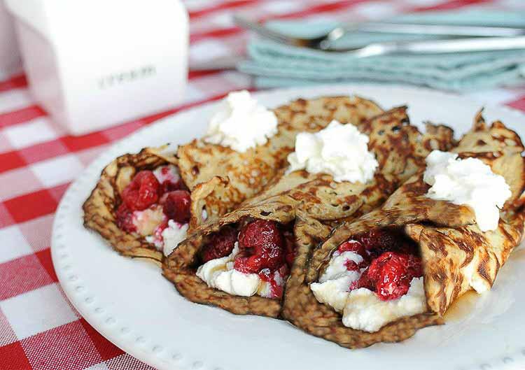Raspberry Cream Crepes Low Carb