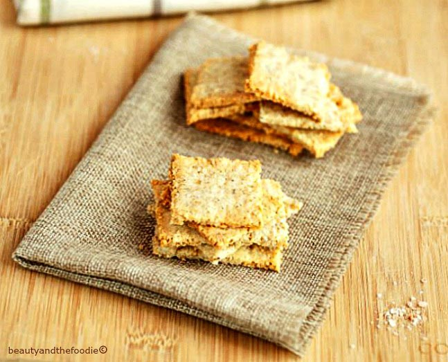 Sesame Cheese Crackers Low Carb- grain freee, keto, gluten free, and primal crackers