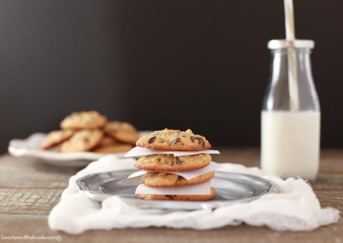 Best Chocolate Chipe Cookies Paleo & Low Carb version. Love these cookies!!