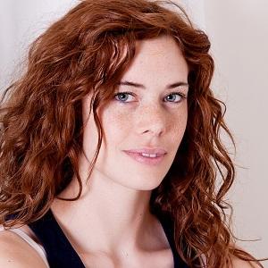 Gwen Lewis headshot