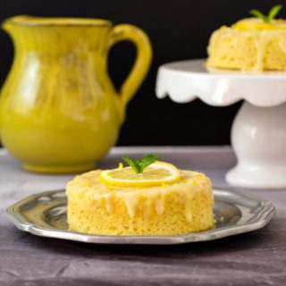 3 Minute Lemon Poke Cake Low Carb